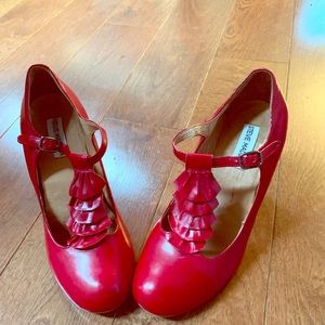 Steve Madden Red Leather, ruffle tstrap Mary Janes